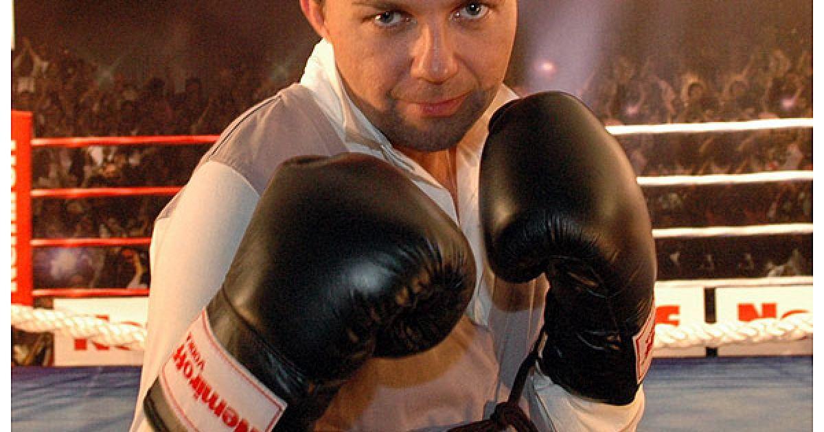Співак Женя Фокін зайнявся боксом. @ Євген Бурляй/ТСН.ua