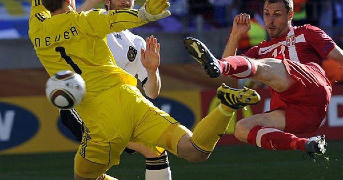 """Перемогу Сербії приніс колишній нападник """"Шахтаря"""" Мілан Йовановіч. @ Getty Images/Fotobank"""