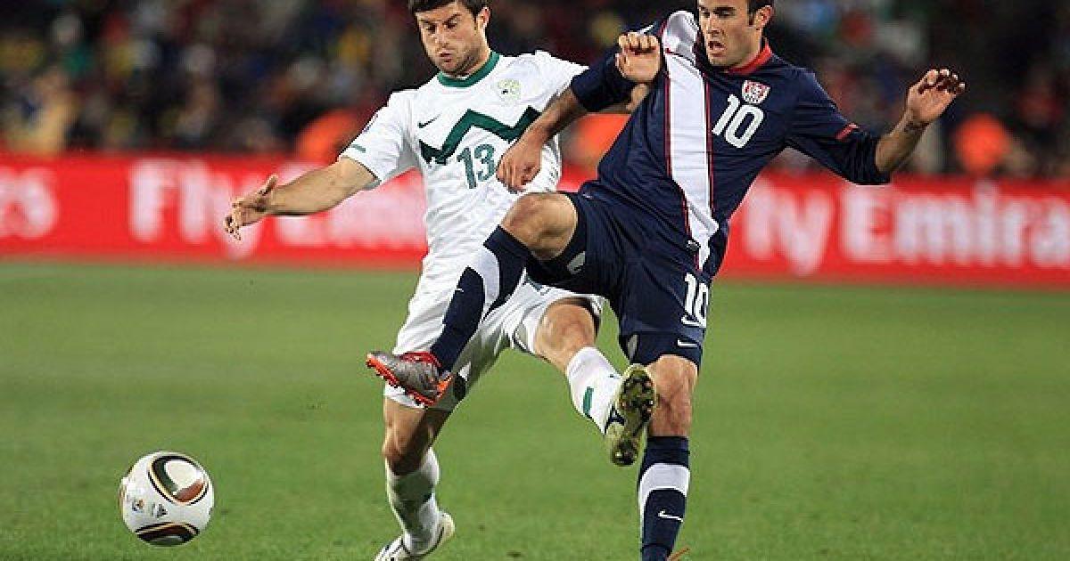Йокіч і Донован ведуть боротьбу за м'яч @ Getty Images/Fotobank