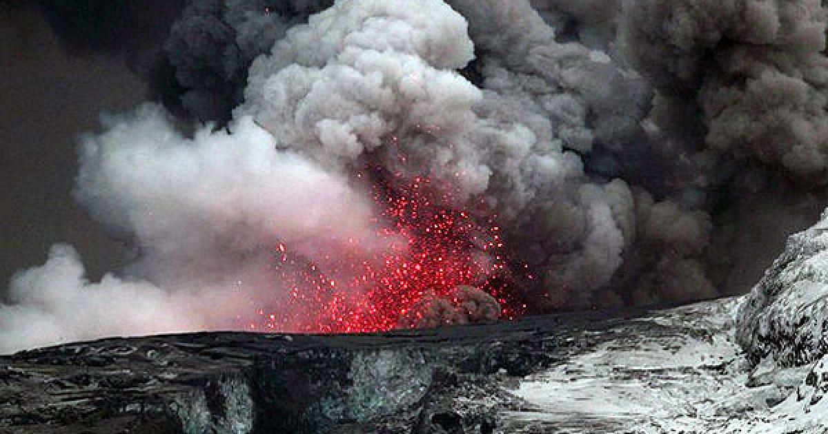 Вулкан Ейяфьятлайокудль @ daylife.com