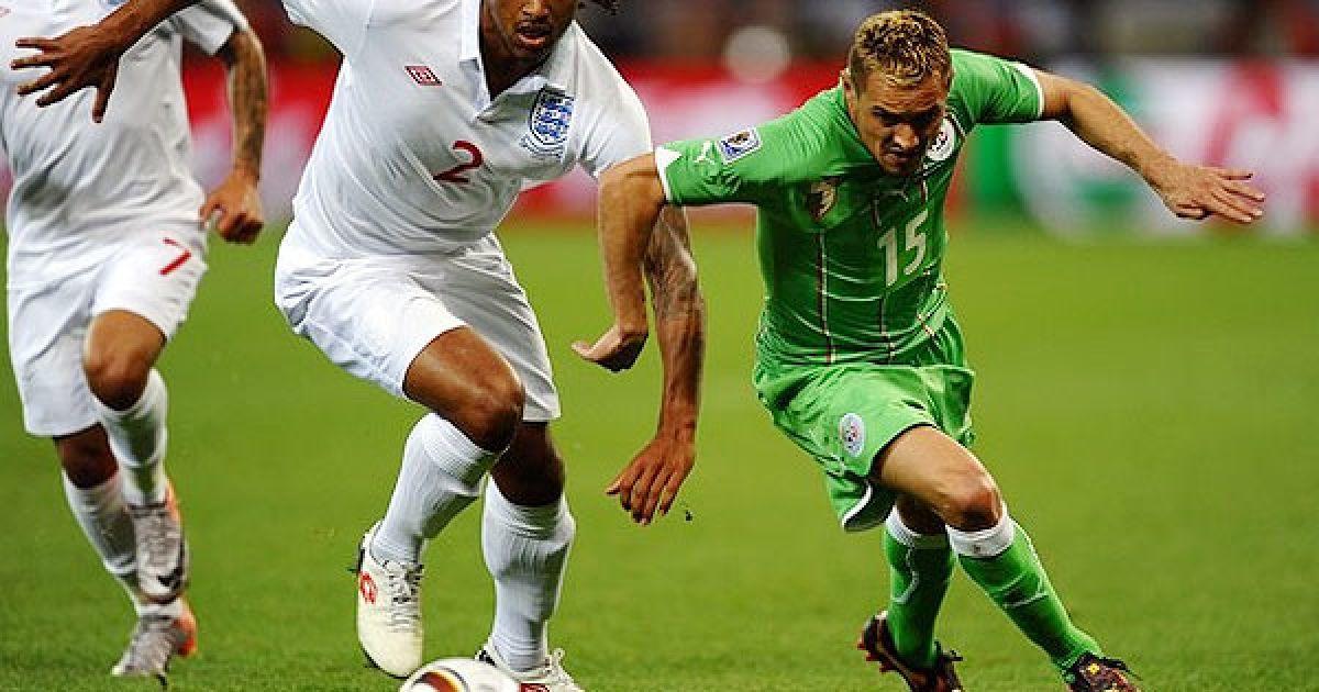 """Збірні Англії та Алжиру зіграли в """"суху"""" нічию у матчі другого туру Чемпіонату світу з футболу. @ Getty Images/Fotobank"""