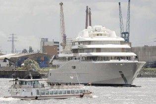 Абрамович відмовився заплатити за збудовану яхту 400 мільйонів євро
