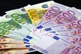 На каждом украинце висит тысяча евро госдолга