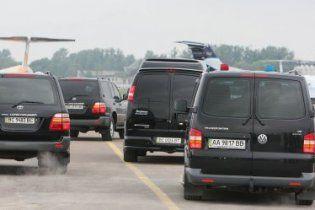ДАІ дозволило VIP-кортежам чиновників порушувати правила дорожнього руху