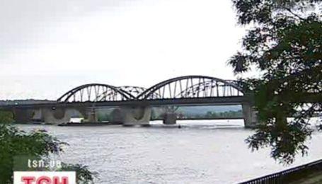 Нова дата відкриття Дарницького мосту