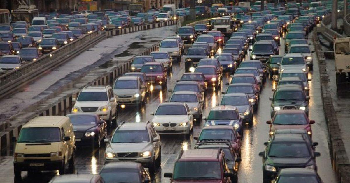 Патрульні отримають право штрафувати власників автомобілів на єврономерах
