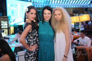 Holiday Fashion Week в Одессе: звездные гости показов и вечеринок