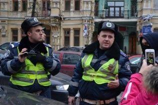 Журналисты, которые пишут о Автомайдане, могут остаться без водительских прав (видео)