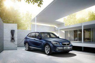 BMW и Brilliance представили в Гуаньчжоу электрический кроссовер