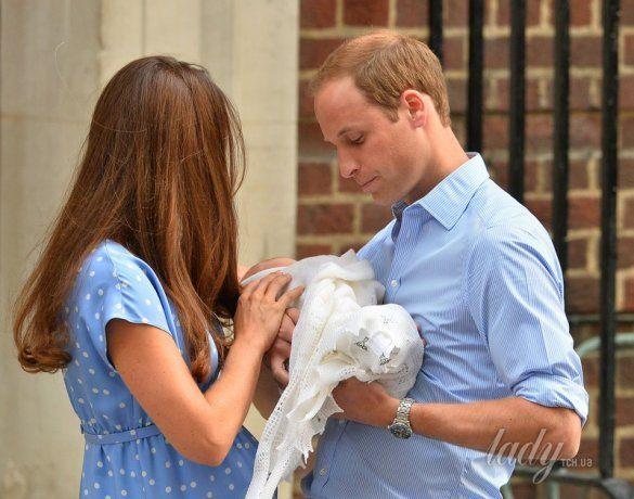 Герцогиня Кембриджская, принц Уильям и их сын _2