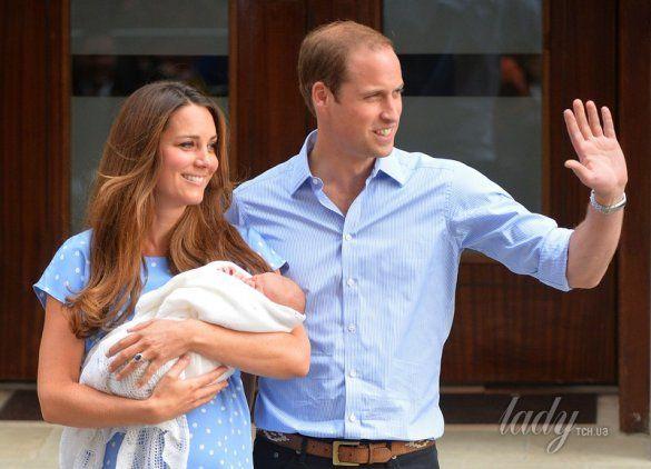 Герцогиня Кембриджская, принц Уильям и их сын _1