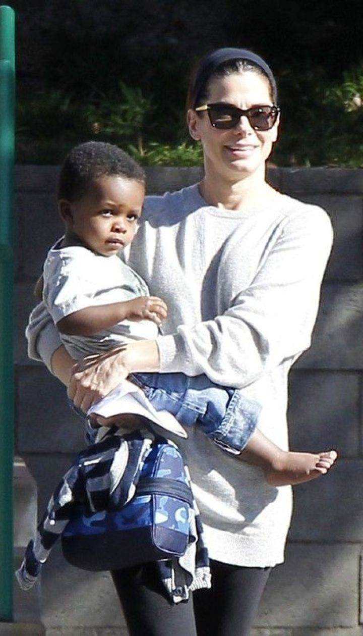 Сандра с сыном Луисом @ East News