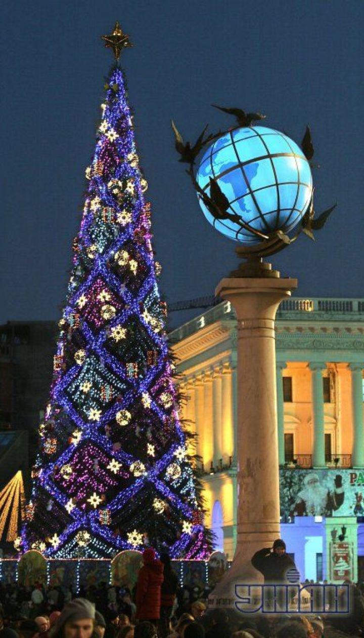 фото: Синица Александр/ Киев. Новогодняя елка 2006 @ УНІАН