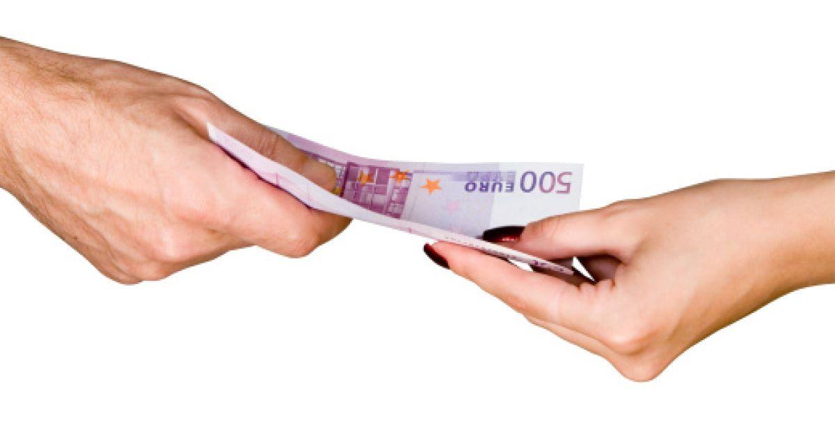 дать деньги в долг через нотариуса