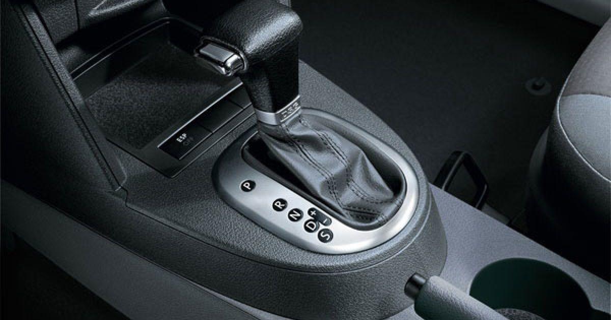 Названы главные ошибки, допускаемые водителями при использовании автоматической коробки передач