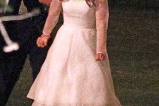 Натали Портман вышла замуж в платье от Rodarte