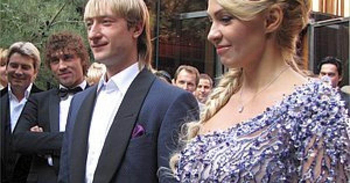 За брачную ночь Плющенко и Рудьковская заплатили 300 тысяч @ tv.ua