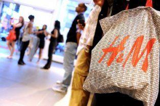 H&M будет принимать ношеную одежду