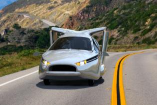 Terrafugia выпустит еще один летающий автомобиль