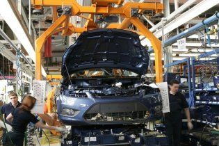 Ford начал закрывать свои заводы