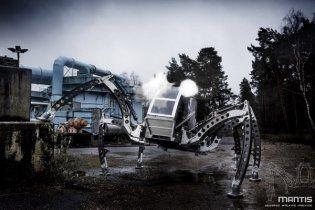 Создан самый большой в мире робот (Видео)
