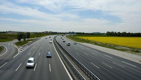 Проезд по украинским автобанам будущего влетит в копейку