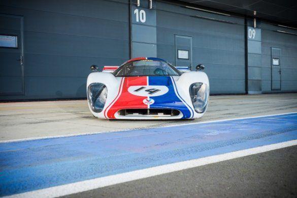 Lola T70 MkIII