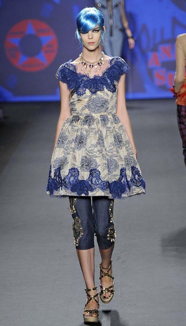 Anna Sui прет-а-порте сезона весна-лето 2013 @ East News