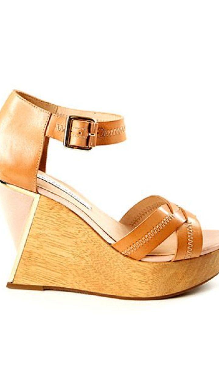 b7e8cce2ee57 Обувь для летнего отдыха от Diane von Furstenberg - Фоторепортаж ...