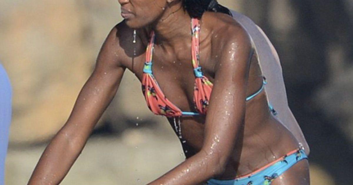 Наоми Кэмпбелл продолжает терять волосы (Фото: Daily Mail)