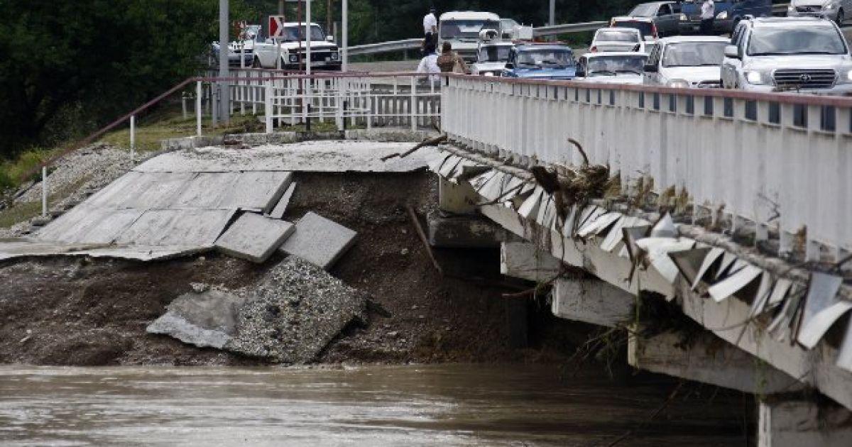 Последствия разрушительного наводнения в Крымске @ sweetnbeauty.ru