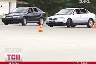 Водители Януковича учатся отстреливаться от террористов