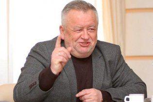Волинський губернатор за державні гроші тягне собі на дачу каналізацію