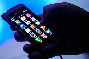 Небезпечний SMS-вірус почав масово атакувати телефони українців