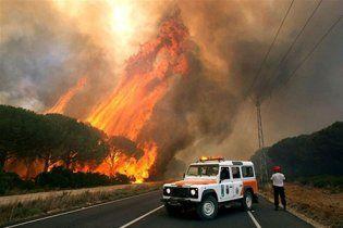 Пожежі на Канарських островах змусили евакуювати майже 5 тис. осіб