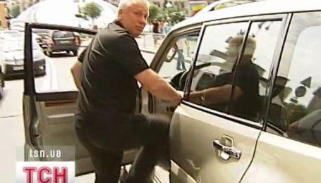 В центре Киева, на глазах ТСН, водитель джипа избил пенсионера
