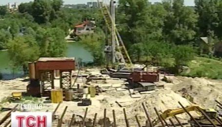 Новый скандал вокруг Подольского моста в Киеве