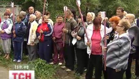 Больные и врачи сегодня в Ирпене защищали местный кардиологический центр