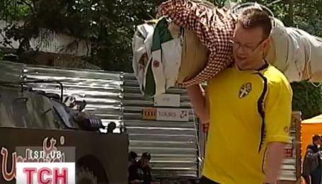 Из Киева массово едут шведы