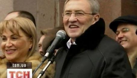 Леонид Черновецкий обогатится еще на 40 тысяч гривен!