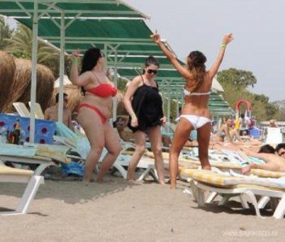 Варнава на пляже