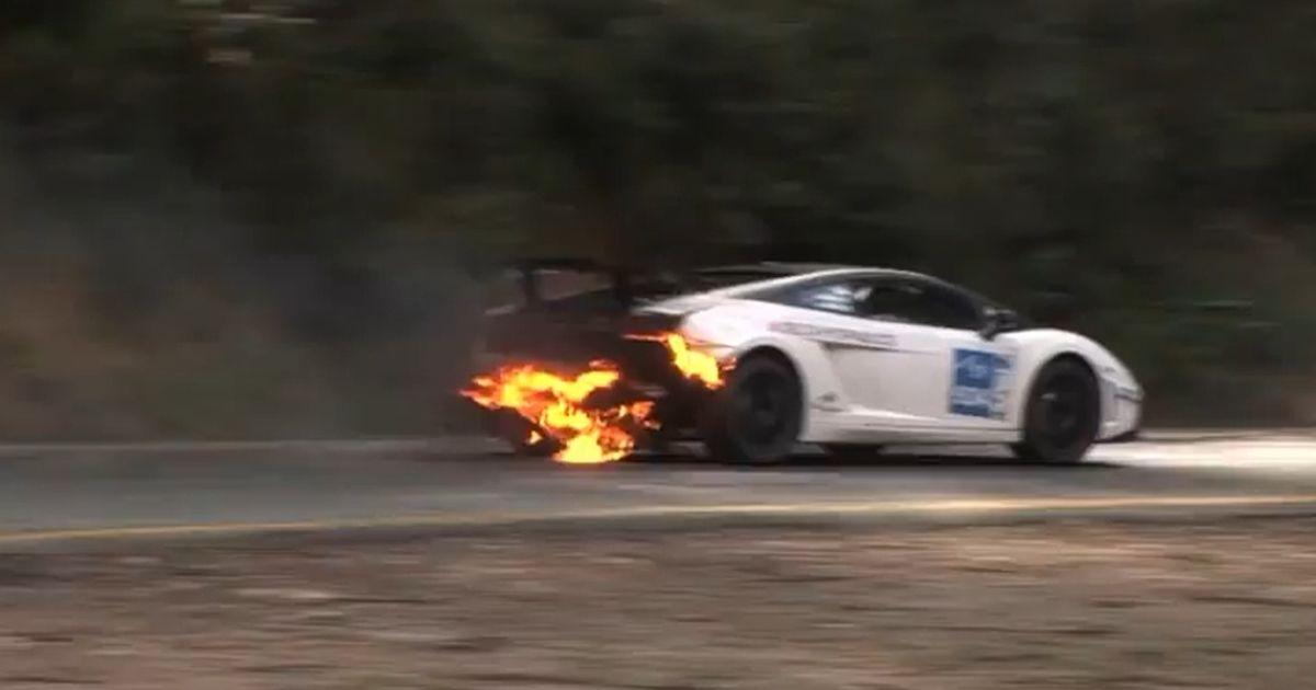 гонки на ламборджини с огнем