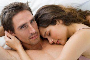 Мужчина говорит что устал и не хочет секса