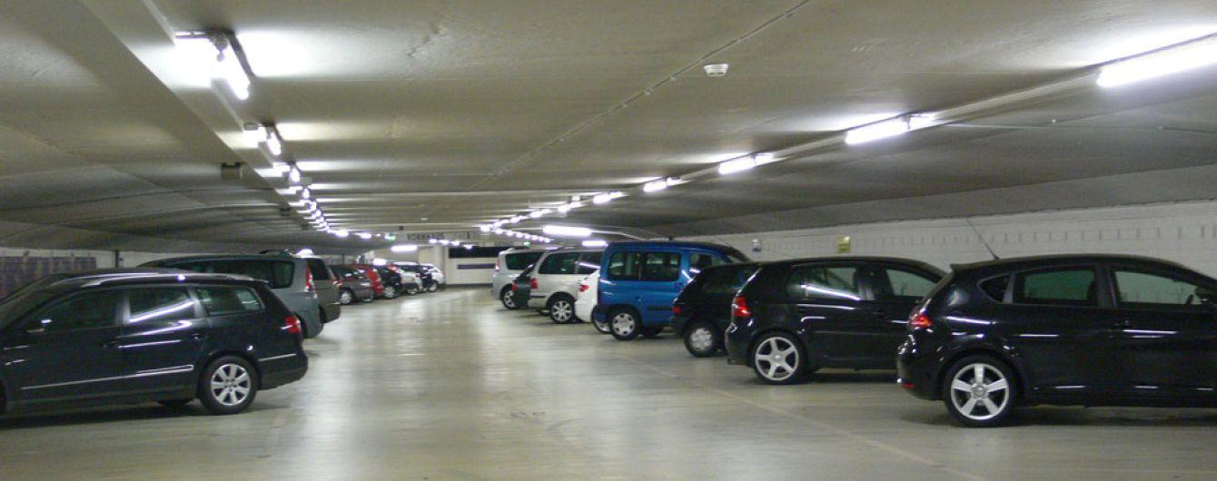 Підземні парковки дозволили оснащувати ліфтами