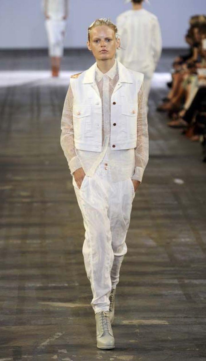 Alexander Wang прет-а-порте весна-лето 2011 (East News)