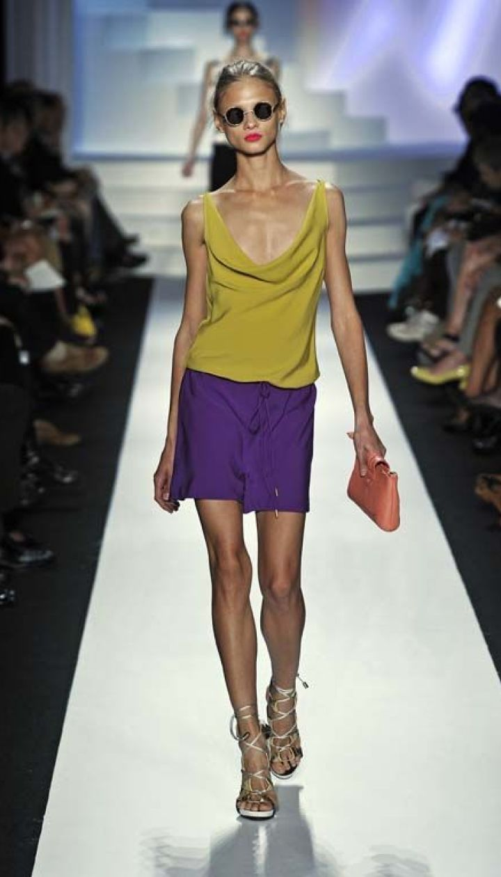 Diane von Furstenberg прет-а-порте весна-лето 2011 (East News)