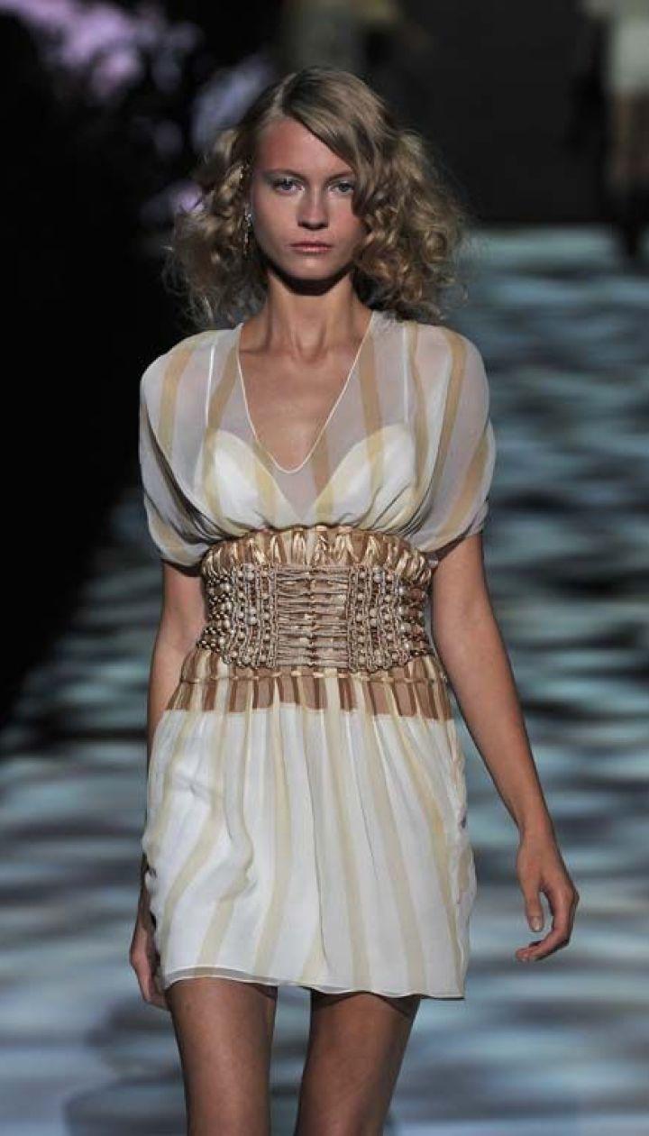 Badgley Mischka прет-а-порте весна-лето 2011 (East News)