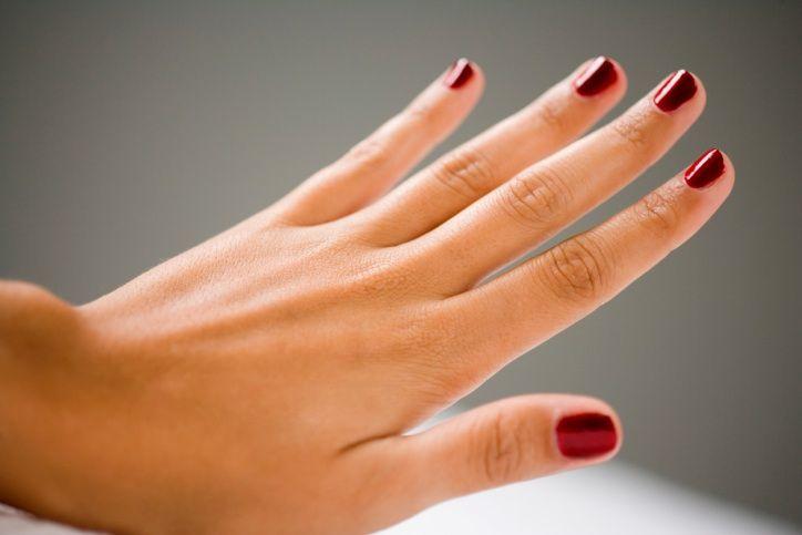 Укрепланеие ногтей