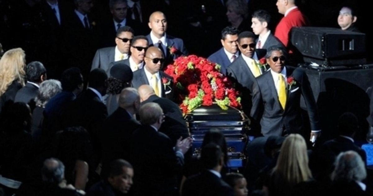 Поховання Джексона @ AFP