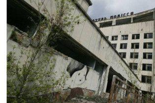 Мертве місто Прип'ять зрівняють з землею, залишивши лише кілька будинків